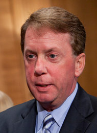Terrence Duffy, chairman of the CME Group, was among the 40 or so people at a recent meeting to discuss futures regulation.