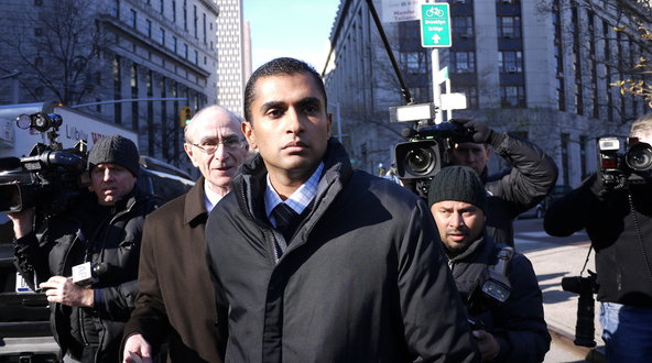 Mathew Martoma, center, a former trader at SAC Capital Advisors, appeared in federal court in Manhattan on Monday.